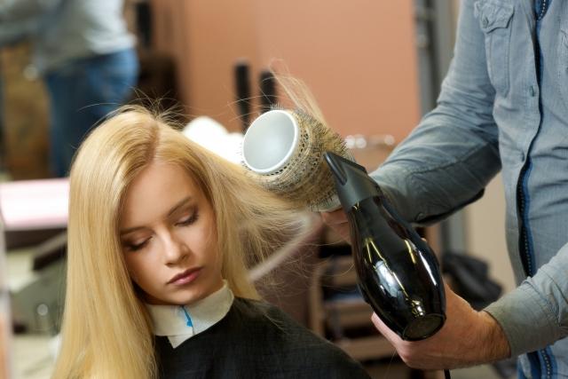 シャンプー後の髪の毛のお手入れ方法とは