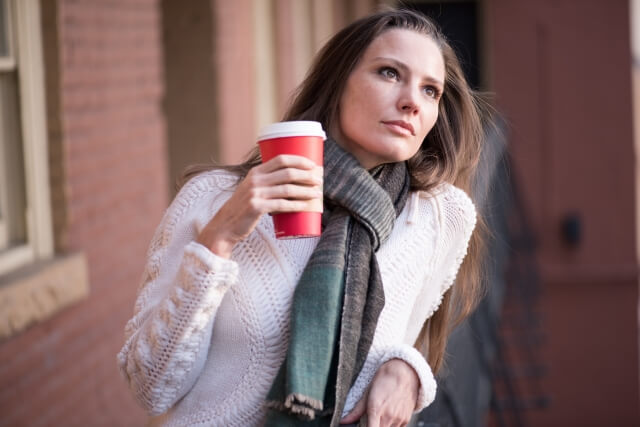 冬に髪の毛がパサパサになる原因とは?トリートメントでヘアケア!